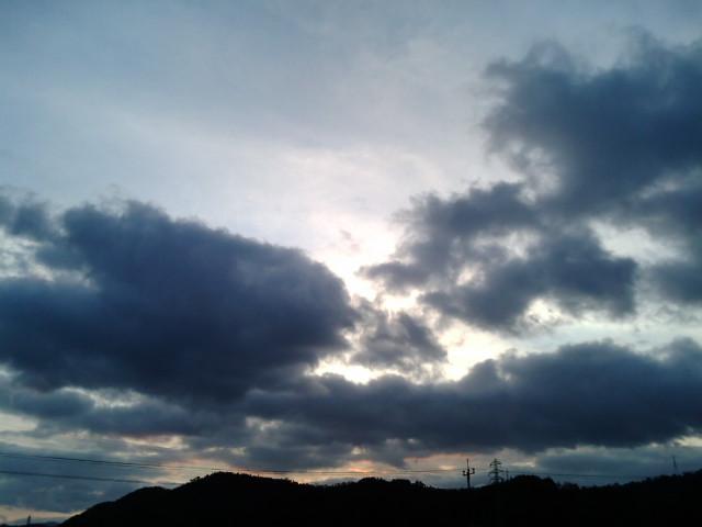 夕方の空を眺めて